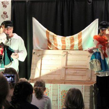 Spektakl dla dzieci w Filii nr 13